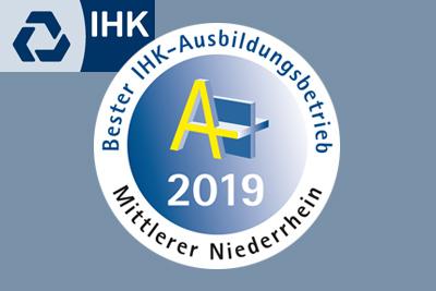 JJK-Anwendungsentwicklerin Kyra Bönings von der IHK für hervorragende Leistungen ausgezeichnet